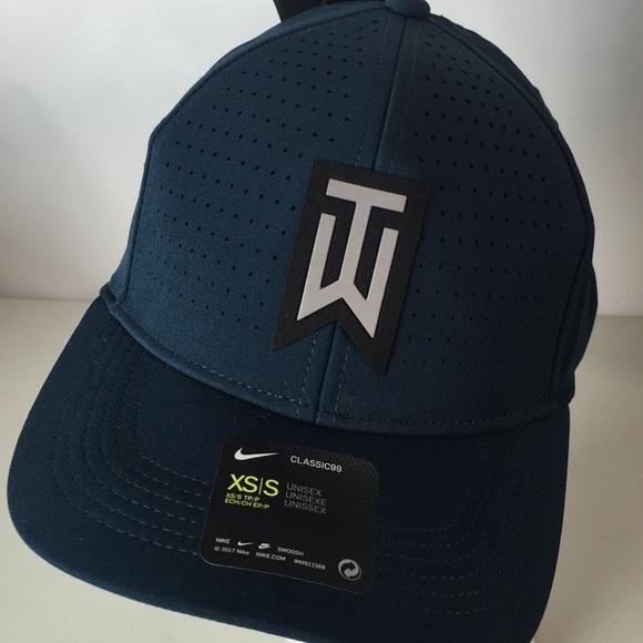 new arrival 02ab6 41dbb Nike Tiger Woods Golf Hat Aerobill Blue